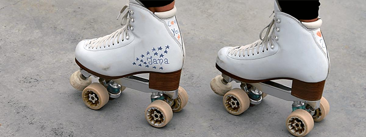 ローラースケート靴